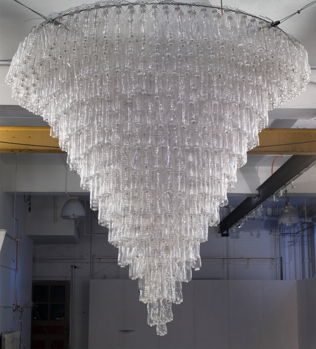 Chandelier, Cole
